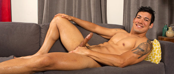 Sean Cody Nico Gay Solo Scene Masturbation Dark-haied Stud Male Feet Tattoos feat